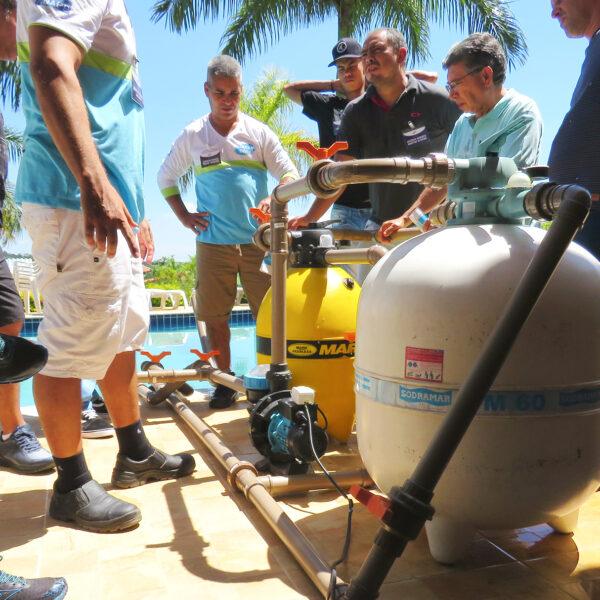 Aula sobre funcionamento de bombas e filtros de piscinas do curso da Piscina Fácil